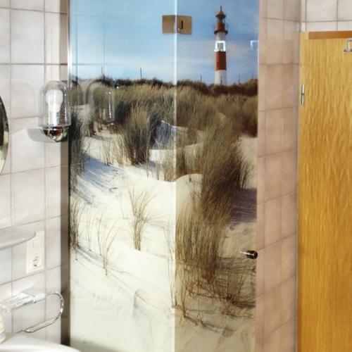 Duschabtrennung mit Digitaldruck