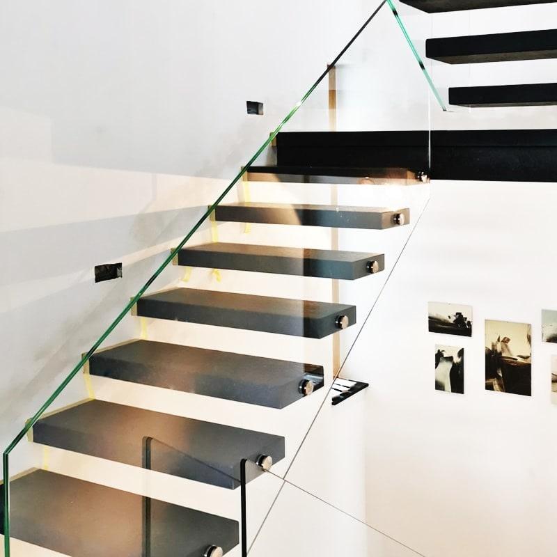 Ganzglas Treppengeländer mit Punkthalter zur ZiE